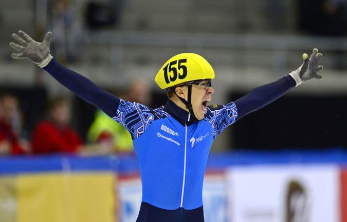 Семен  ЕЛИСТРАТОВ: первый в истории отечественного шорт-трека победитель этапов Кубка мира менее чем за месяц до Игр-2014 в Сочи добавил в свое резюме и первый в карьере титул чемпиона Европы на личной дистанции. Фото AFP