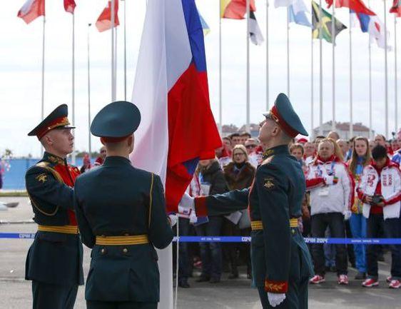 Вчера. Сочи. Церемония поднятия российского флага  в Олимпийской деревне. Фото REUTERS