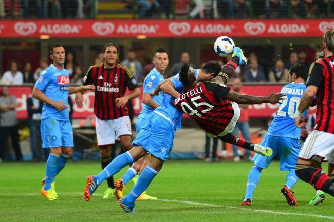"""Центральной игрой всего тура в Италии обещает стать противостояние """"Наполи"""" и """"Милана"""". Фото REUTERS"""