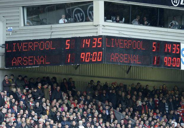 """Суббота. Ливерпуль. """"Ливерпуль"""" – """"Арсенал"""" – 5:1. Табло """"Энфилда"""" зафиксировало разгром """"канониров"""". Фото REUTERS"""