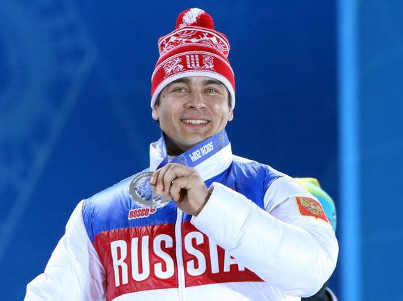 Российский саночник Альберт ДЕМЧЕНКО. Фото AFP