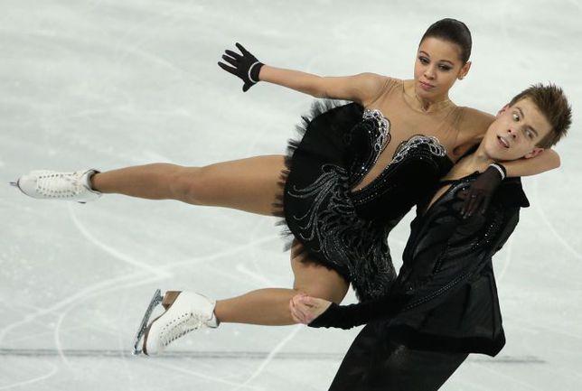 Елена ИЛЬИНЫХ и Никита КАЦАЛАПОВ в нынешнем сезоне завоевали серебро чемпионата Европы и золото командного турнира на Олимпиаде в Сочи. Фото ТАСС