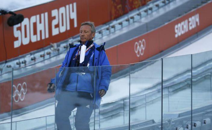 Вальтер ХОФЕР - функционер FIS и директор соревнований по прыжкам с трамплина и лыжному двоеборью. Фото REUTERS