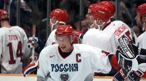 20 февраля 2006 года. Нагано. Финляндия - Россия - 4:7. Павел БУРЕ празднует один из своих пяти голов. Фото USAtoday