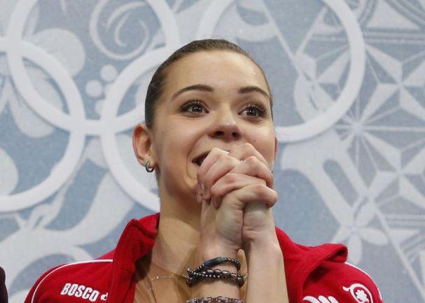 Четверг. Сочи. Аделина СОТНИКОВА в ожидании своих оценок. Фото REUTERS