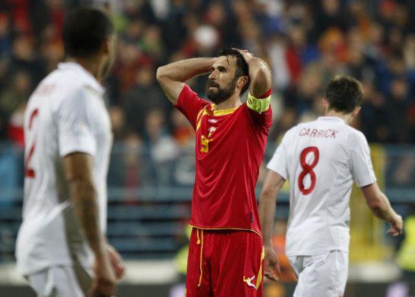 Нападающий сборной Черногории Мирко ВУЧИНИЧ. Фото REUTERS
