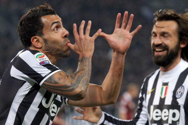 """Воскресенье. Турин. """"Ювентус"""" – """"Торино"""" – 1:0. Карлос ТЕВЕС празднует гол в ворота соперника."""