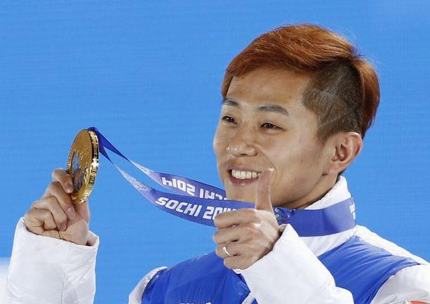 Трехкратный победитель Олимпиады в Сочи - россиянин Виктор АН. Фото REUTERS