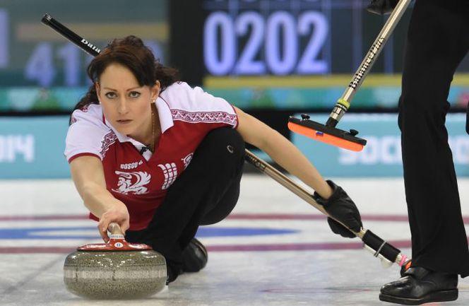 На домашней Олимпиаде Екатерина ГАЛКИНА и ее партнерши не смогли побороться за медали, зато на чемпионате мира неожиданно завоевали бронзу. Фото AFP