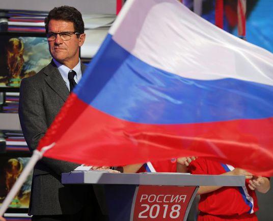 Главный тренер сборной России Фабио КАПЕЛЛО однозначно заявил – спорт вне политики. Фото REUTERS