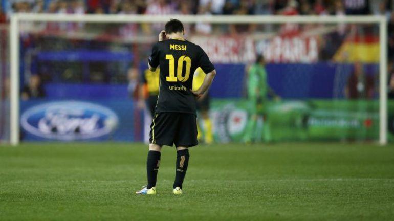 """Вчера. Мадрид. """"Атлетико"""" - """"Барселона"""" - 1:0. Разочарование Лионеля МЕССИ после матча. Фото REUTERS"""