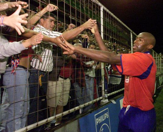 Нападающий Пауло ВАНЧОПЕ - футбольный кумир костариканцев. Фото REUTERS