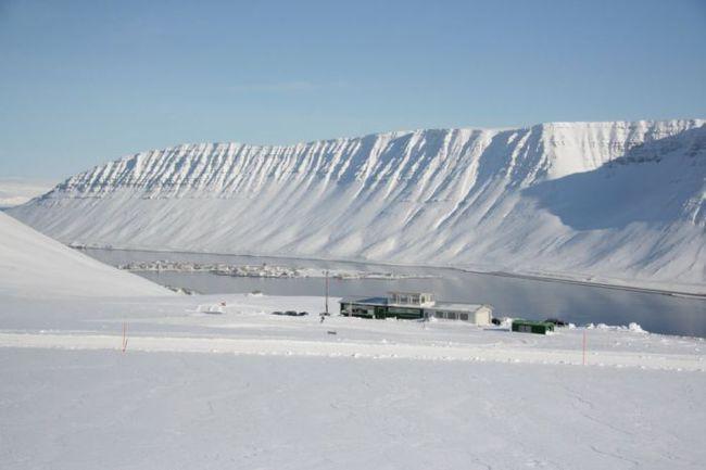 Трасса лыжного марафона в исландском Исафьордуре. Фото fossavatn.com