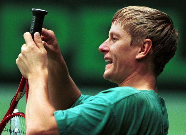 1999 год. Первая ракетка мира Евгений КАФЕЛЬНИКОВ. Фото REUTERS