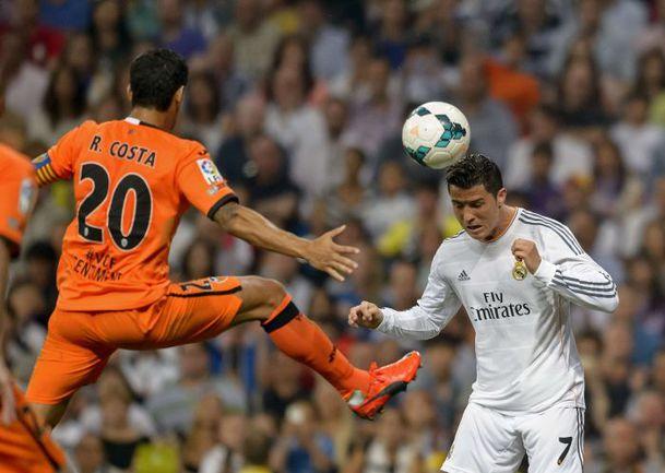 """Вчера. Мадрид. """"Реал"""" - """"Валенсия"""" - 2:2. КРИШТИАНУ РОНАЛДУ: гол плюс пас и только ничья. Фото AFP"""