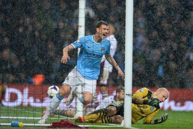 """Вчера. Манчестер. """"Манчестер Сити"""" - """"Астон Вилла"""" - 4:0. 64-я минута. Только что Эдин ДЖЕКО октрыл счет в матче. Фото AFP"""