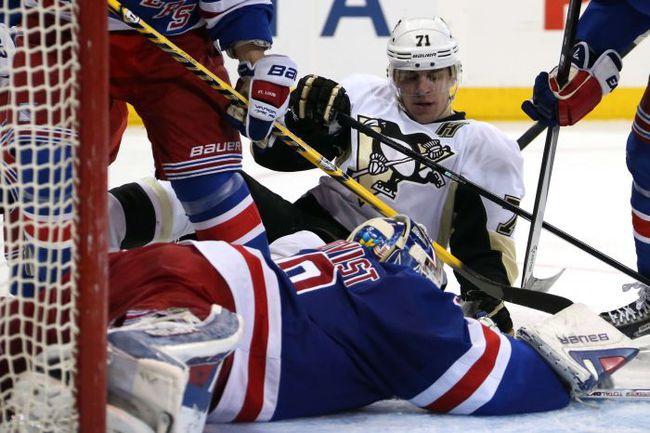 """Плей-офф НХЛ """"Питтсбург"""" Евгения МАЛКИНА закончил в серии второго раунда с """"Рейнджерс"""". Фото AFP"""