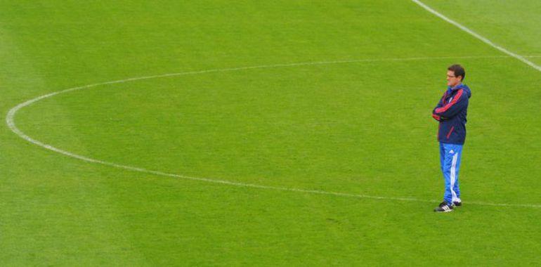 "Фабио КАПЕЛЛО на стадионе им. Эдуарда Стрельцова. Фото Александр ФЕДОРОВ, ""СЭ"""