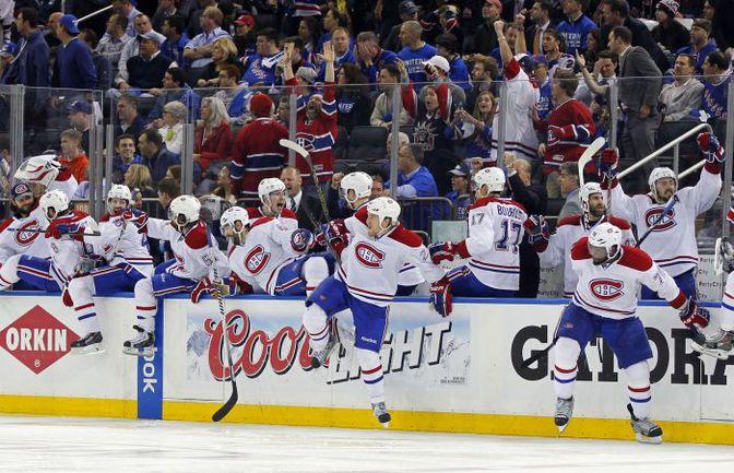"""Четверг. Нью-Йорк. """"Рейнджерс"""" - """"Монреаль"""" - 2:3 ОТ. Хоккеисты """"Монреаля"""" празднуют заброшенную шайбу. Фото USA Today"""