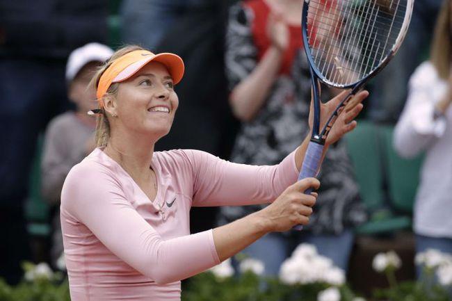 Мария ШАРАПОВА после вылета ряда конкуренток считается главным претендентом на титул Roland Garros. Фото AFP