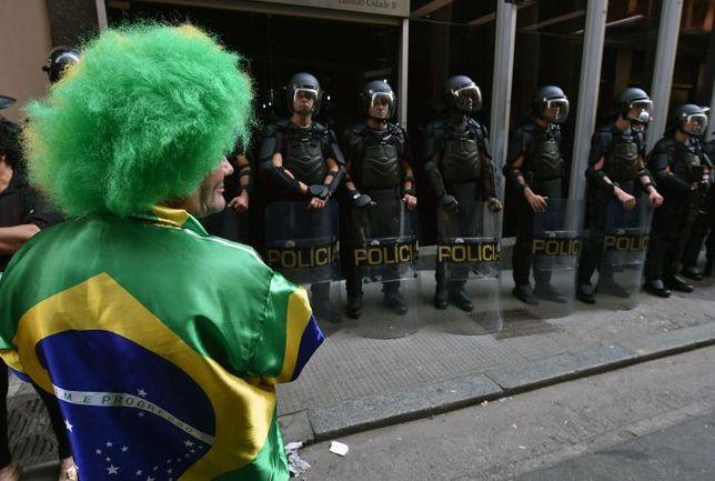На время ЧМ в Бразилии введены особые меры безопасности. Фото AFP