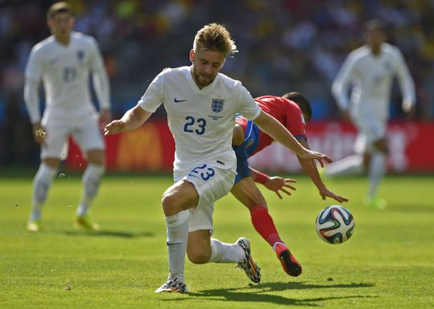 24 июня. Белу-Оризонти. Коста-Рика - Англия - 0:0. Люк ШОУ в последнем матче сборной Англии на ЧМ-2014. Фото AFP