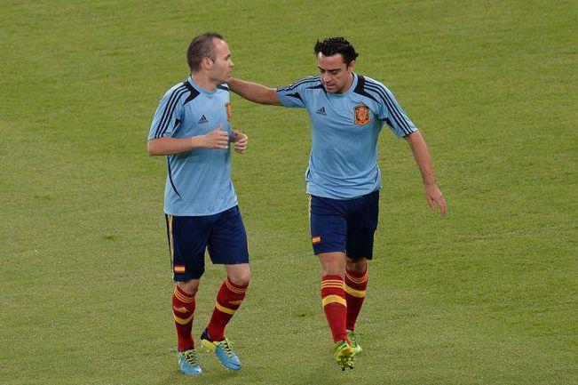 Не исключено, что болельщики больше не увидят Андреса ИНЬЕСТУ и ХАВИ в форме сборной Испании. Фото AFP