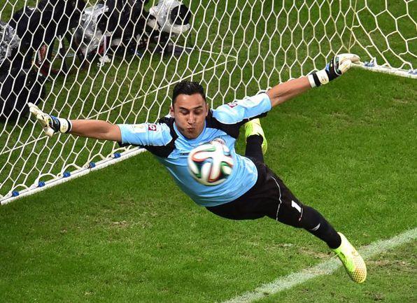 Сегодня. Салвадор. Голландия - Коста-Рика - 0:0, пенальти - 4:3. В игре Кейлор НАВАС. Фото AFP