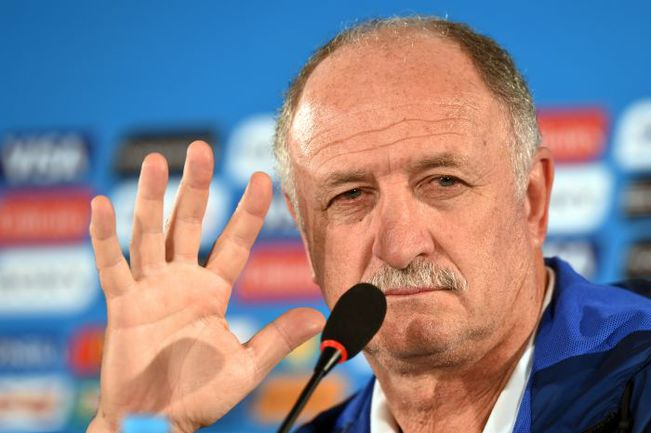 Луиз Фелипе СКОЛАРИ покидает сборную Бразилии. Фото AFP