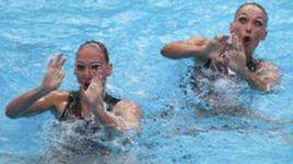 Микст атакует синхронное плавание