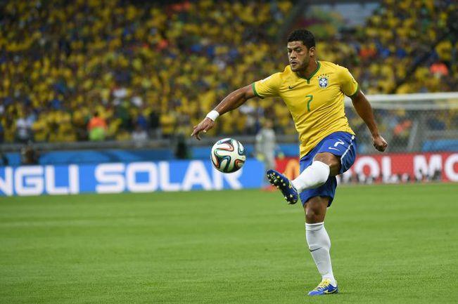 ХАЛК может потерять место в составе сборной Бразилии. Фото REUTERS