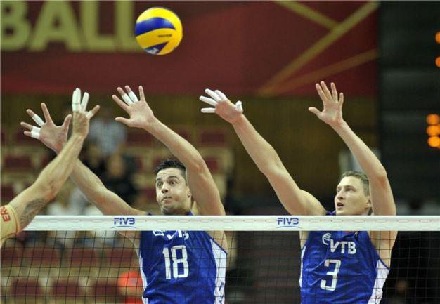 Суббота. Катовице. Россия - Германия - 3:0. Очередной блок сборной России. Фото FIVB