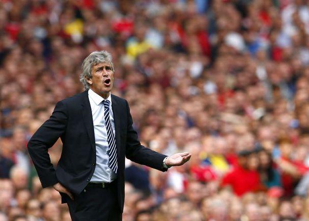 "Суббота. Лондон. ""Арсенал"" - ""Манчестер Сити"" - 2:2. Мануэль ПЕЛЛЕГРИНИ. Фото AFP"