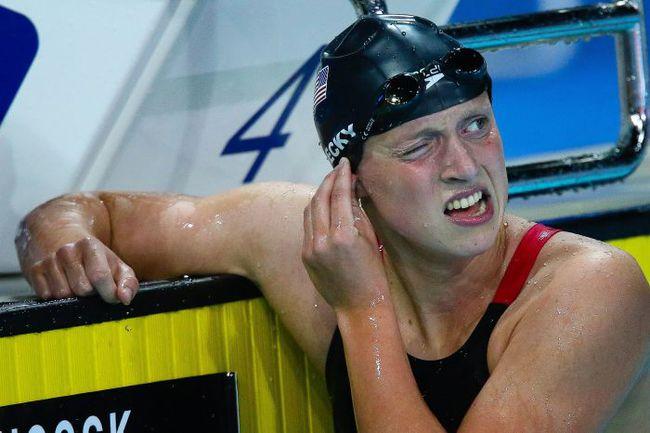 24 августа. Голд-Коаст. Только что Кэти ЛЕДЕКИ установила новый мировой рекорд на дистанции 1500 м в/с. Фото AFP