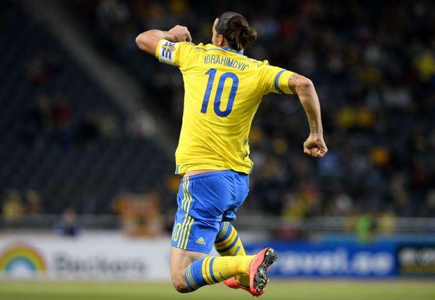 Лидер сборной Швеции Златан ИБРАГИМОВИЧ, скорее всего, не сыграет с Россией. Фото AFP