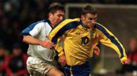 Его грозились убить, онотказался отЧМ-1998 исудил тот самый матч Россия— Украина. Кто такой Эллерей, который наладит ВАР вРПЛ