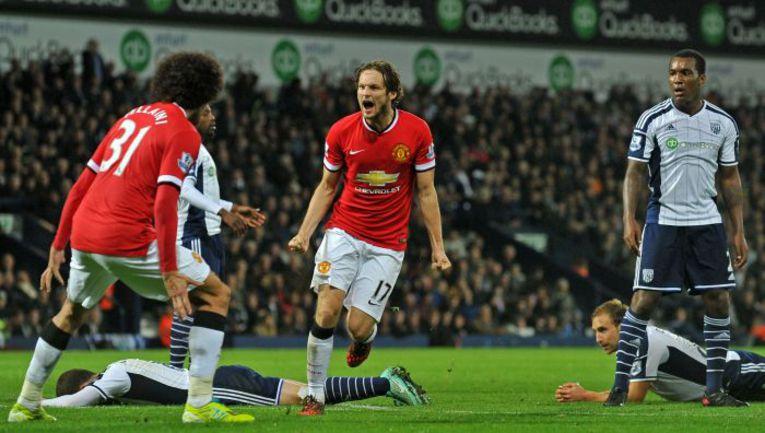 """Понедельник. Уэст-Бромидж. """"Вест Бромвич"""" – """"Манчестер Юнайтед"""" – 2:2. 87-я минута. Дэйли БЛИНД (№17) празднует гол, подарившей его команде ничью. Фото REUTERS"""