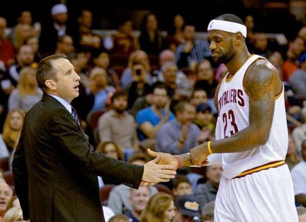 Дэвид БЛАТТ и Леброн ДЖЕЙМС. Фото НБА
