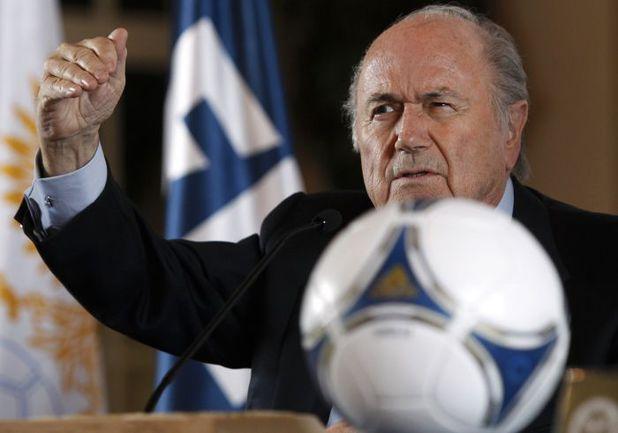 Президент ФИФА Йозеф БЛАТТЕР уже видел эмблему ЧМ-2018. Фото REUTERS