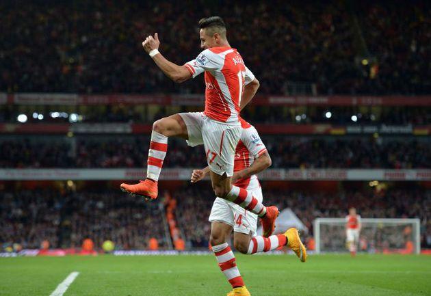 "Суббота. Лондон. ""Арсенал"" – ""Бернли"" – 3:0. 70-я минута. Алексис САНЧЕС празднует гол. Фото REUTERS"