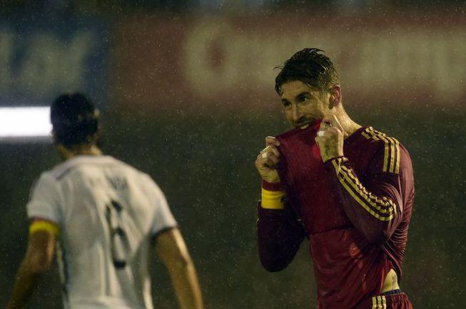 Вторник. Виго. Испания - Германия - 0:1. Защитник хозяев Серхио РАМОС. Фото AFP