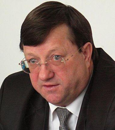 Вице-губернатор Краснодарского края, глава краевой федерации футбола, доктор экономических наук профессор Иван ПЕРОНКО.