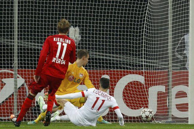 """Вчера. Леверкузен. """"Байер"""" - """"Монако"""" - 0:1. 72-я минута. Гол Лукаса ОКАМПОСА. Фото REUTERS"""