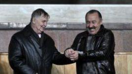 Сентябрь 2011 года. Москва. Виктор ТИХОНОВ и Валерий ГАЗЗАЕВ.