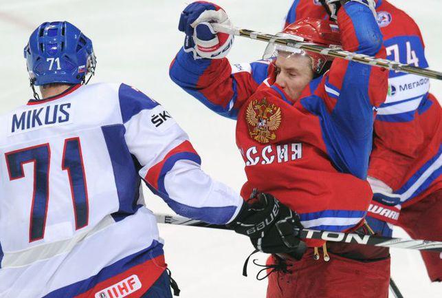 Жена чемпиона мира-2012 Евгения РЯСЕНСКОГО Анна опасается, что доллар будет стоить 200 рублей. Фото AFP