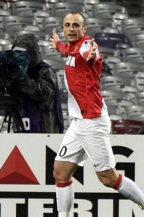 """Суббота. Тулуза. """"Тулуза"""" – """"Монако"""" – 0:2. 77-я минута. Димитар БЕРБАТОВ празднует гол. Фото REUTERS"""