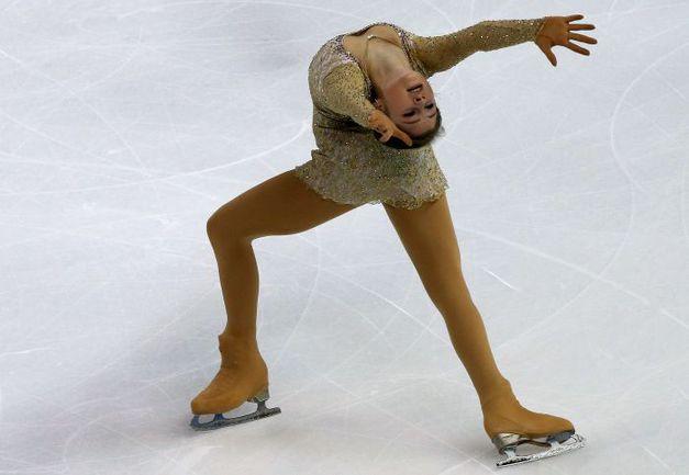 22 ноября. Бордо. На французском этапе «Гран-при» Юлия ЛИПНИЦКАЯ заняла второе место. Но что ждет ее в Барселоне? Фото AFP