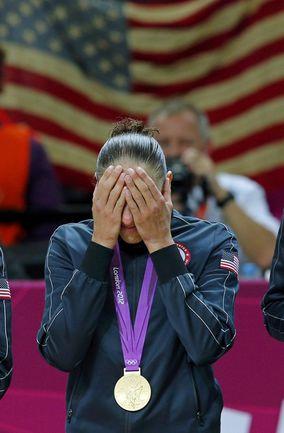 2012 год. Лондон. Завоевав свое третье олимпийское золото, Дайана ТАУРАЗИ не смогла сдержать слез. Фото REUTERS