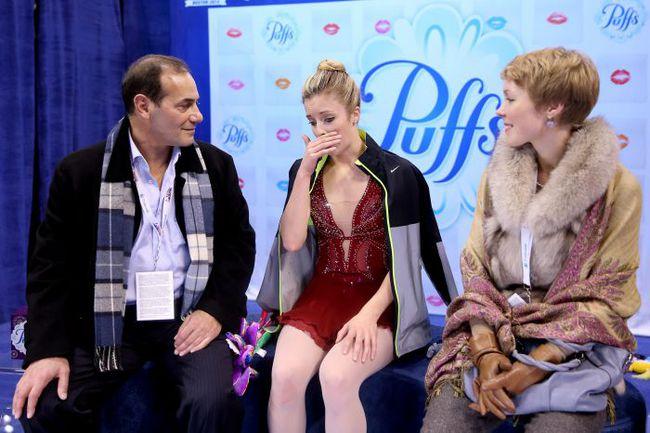 Рафаэль АРУТЮНЯН и Надя КАНАЕВА с Эшли ВАГНЕР. Фото AFP