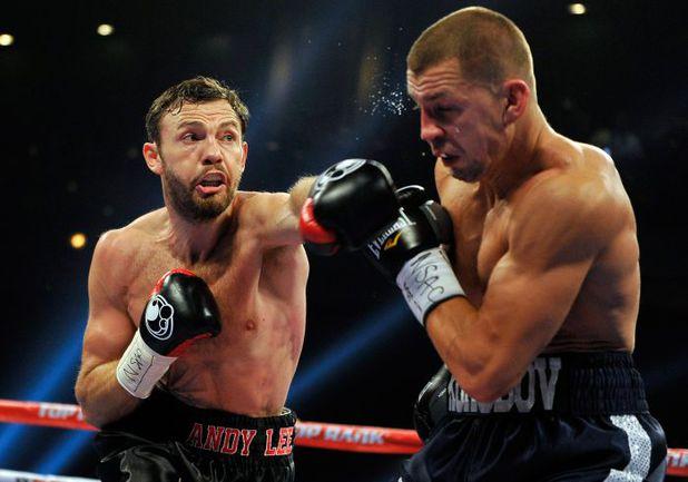 Суббота. Лас-Вегас. Энди ЛИ (слева) побеждает Матвея КОРОБОВА. Фото AFP